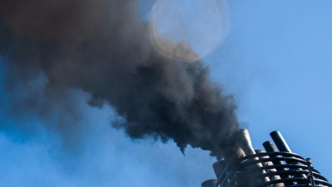 IMO reports smooth implementation of new sulphur regulations